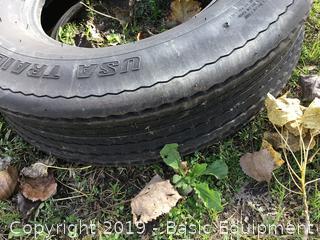 1-St225/75D15 Tire
