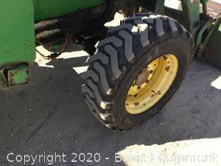 2000 JOHN DEERE 4600 COMPACT TRACTOR