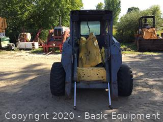 NEW HOLLAND LS180 SKIDSTEER