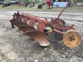 4 BOTTOM TRAILER PLOW