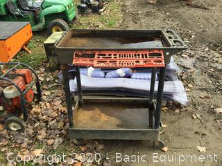 MOVEABLE TOOL BENCH